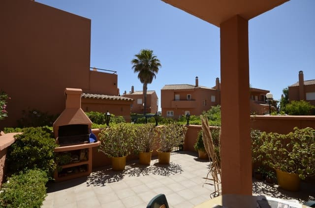 4 Zimmer Ferienhaus in La Duquesa / Puerto de la Duquesa mit Pool Garage - 449 € (Ref: 5068414)