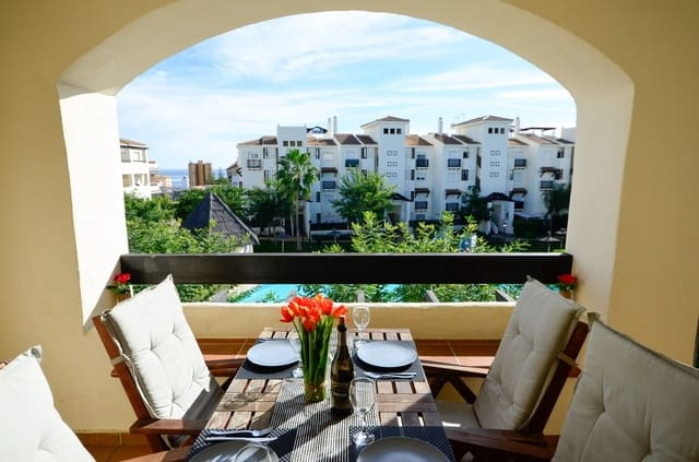 2 soveværelse Lejlighed til leje i La Duquesa / Puerto de la Duquesa med swimmingpool garage - € 800 (Ref: 6061885)
