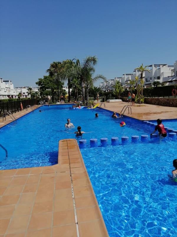 2 slaapkamer Appartement te huur in Alhama de Murcia met zwembad garage - € 295 (Ref: 2728304)