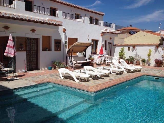 3 Zimmer Ferienhaus in Lecrin mit Pool Garage - 175 € (Ref: 3086855)