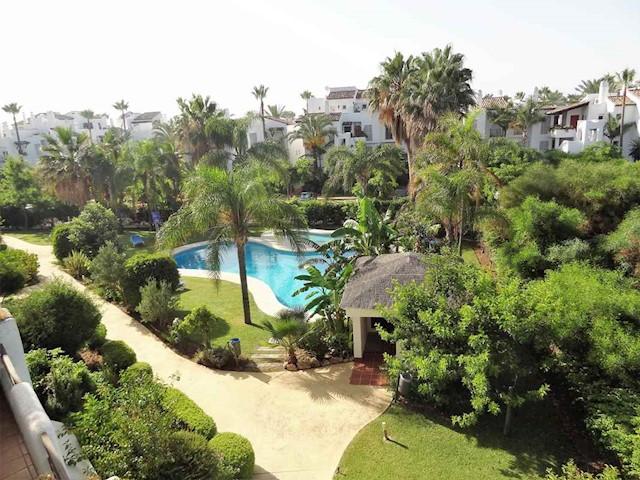 3 soverom Leilighet til salgs i Costalita med svømmebasseng garasje - € 600 (Ref: 4007529)