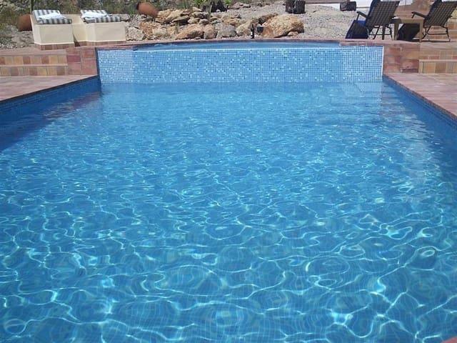2 soverom Leilighet til salgs i Pruna med svømmebasseng garasje - € 700 (Ref: 4109564)