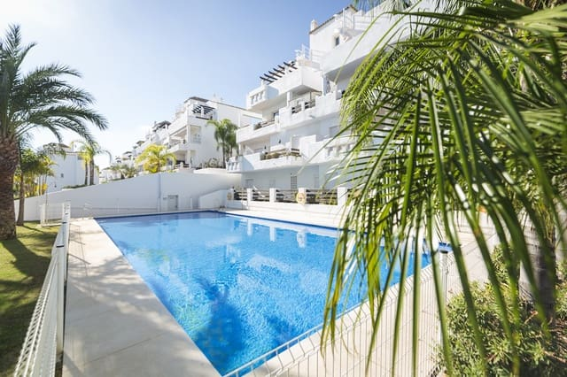 2 soverom Penthouse til salgs i Estepona med svømmebasseng garasje - € 500 (Ref: 4326378)