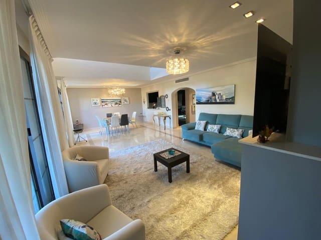 3 soverom Hus til salgs i Los Arqueros med svømmebasseng garasje - € 600 (Ref: 5428877)