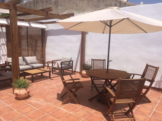 3 bedroom Townhouse for holiday rental in Ojen with garage - € 400 (Ref: 5692459)