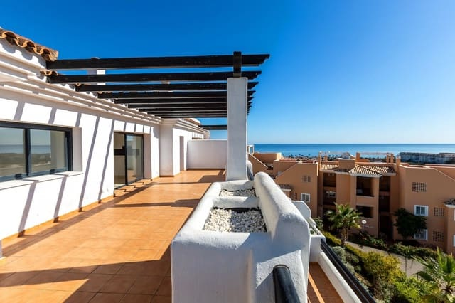 2 bedroom Penthouse for sale in Casares with pool garage - € 335,000 (Ref: 3801617)