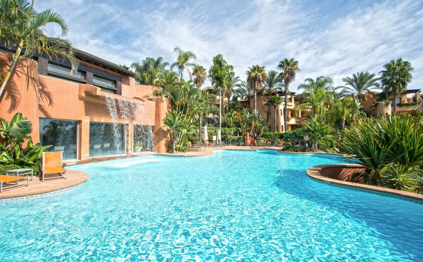 2 bedroom Apartment for sale in Marbella with pool garage - € 750,000 (Ref: 4851327)