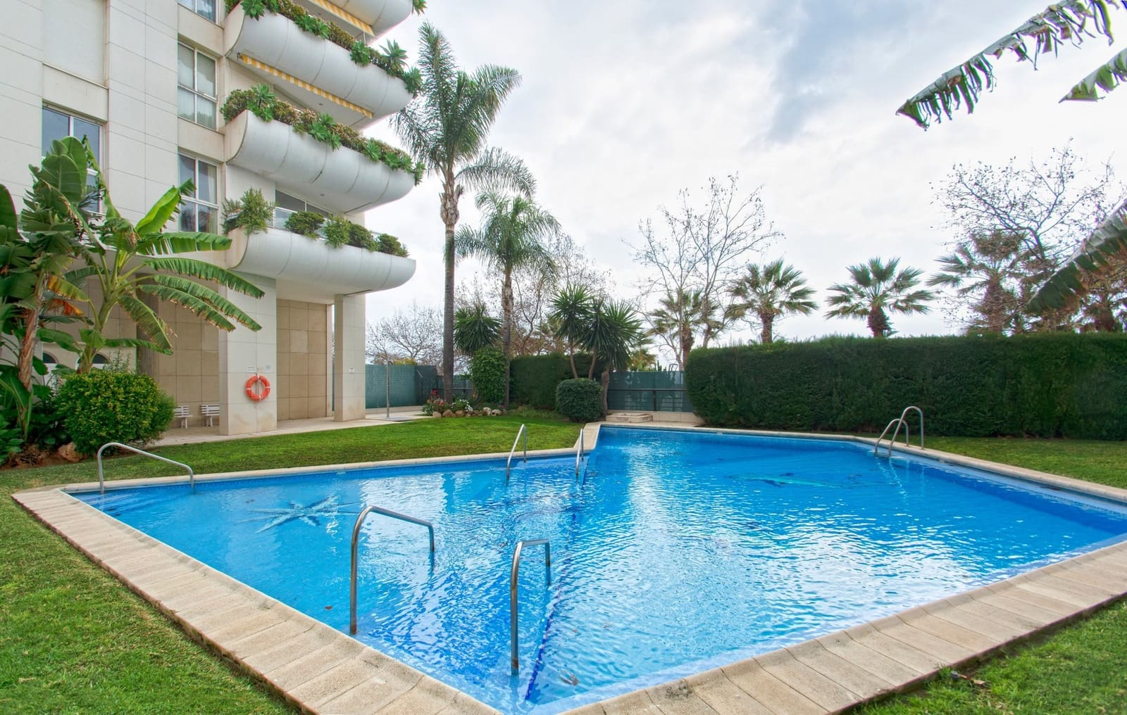 2 bedroom Apartment for sale in Marbella with pool garage - € 370,000 (Ref: 5126652)