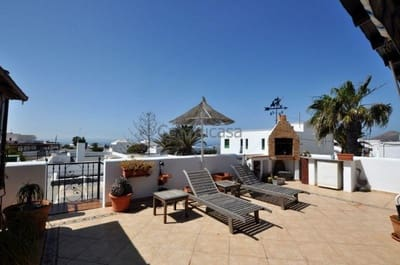 4 bedroom Villa for sale in Tias with garage - € 360,000 (Ref: 5301228)