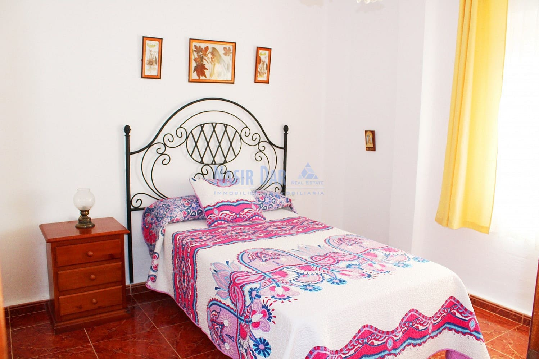 3 bedroom Apartment for sale in Nerja - € 130,000 (Ref: 4604750)