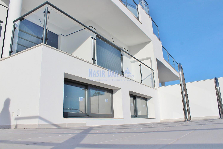 2 bedroom Semi-detached Villa for sale in Nerja with pool - € 425,000 (Ref: 5106333)