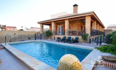 Chalet de 5 habitaciones en Los Palacios en venta con piscina garaje - 580.000 € (Ref: 4800413)