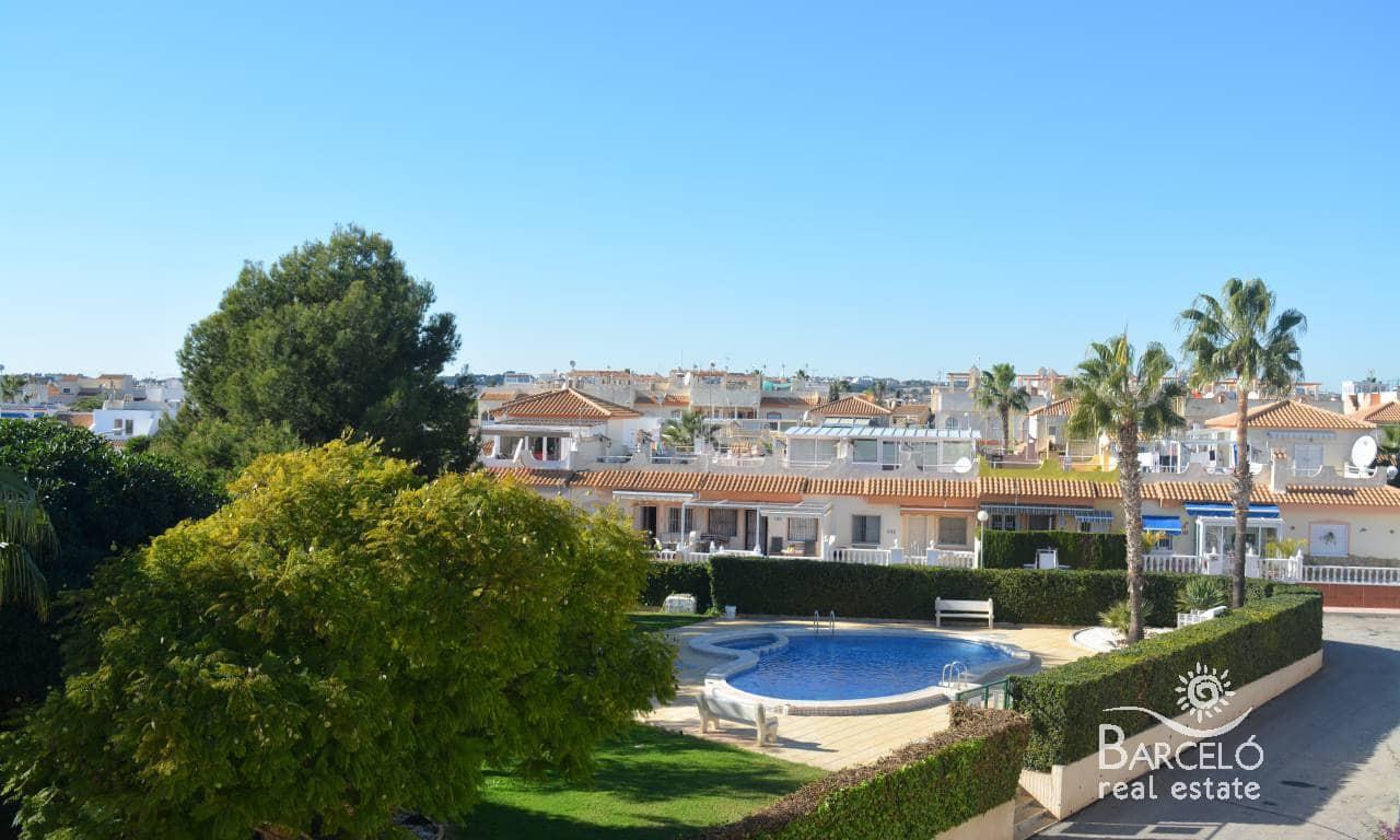 Adosado de 3 habitaciones en Playa Flamenca en venta - 132.000 € (Ref: 4922289)