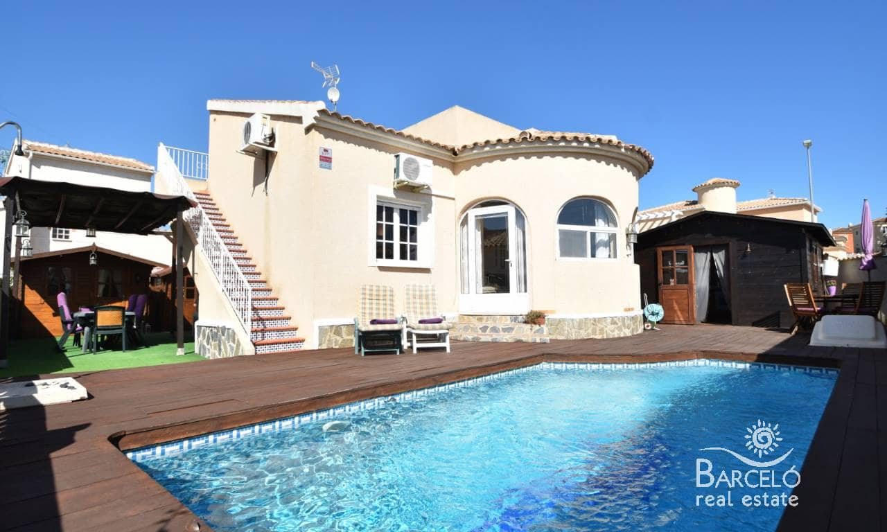 3 bedroom Villa for sale in Atalaya Park with pool - € 275,000 (Ref: 4922460)