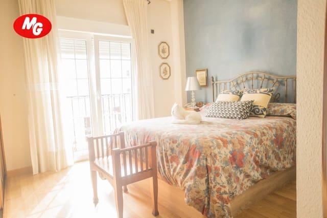Adosado de 3 habitaciones en Almería ciudad en venta con garaje - 285.000 € (Ref: 5203081)