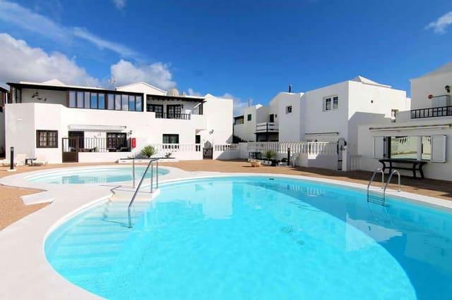 3 bedroom Semi-detached Villa for sale in Puerto del Carmen with pool garage - € 260,000 (Ref: 5361953)