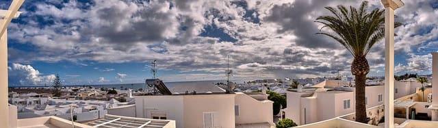 3 sypialnia Dom blizniak na sprzedaż w Arrecife z garażem - 290 000 € (Ref: 6098609)