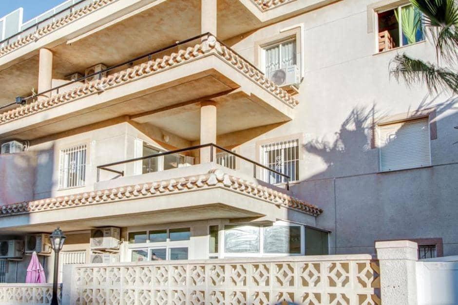 Apartamento de 2 habitaciones en Playa Flamenca en venta con piscina - 125.000 € (Ref: 4863907)
