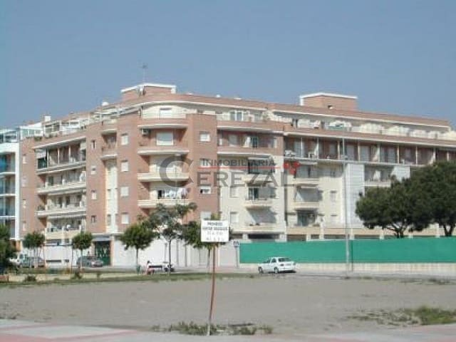3 bedroom Penthouse for holiday rental in Torre del Mar with pool - € 903 (Ref: 1913388)