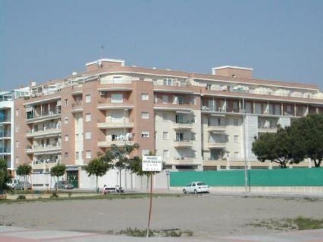 3 soverom Penthouse til salgs i Torre del Mar med svømmebasseng - € 900 (Ref: 1913388)