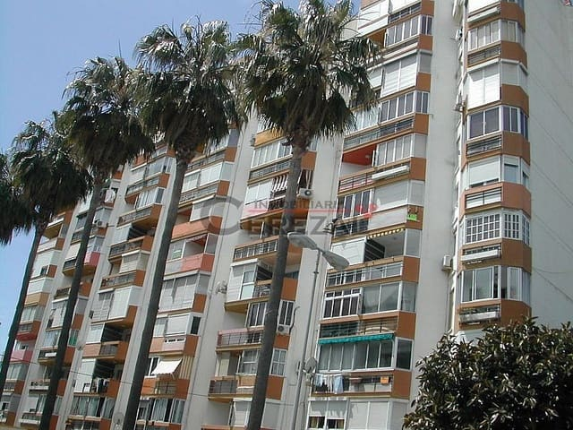 Studio for holiday rental in Torre del Mar with pool - € 3,850 (Ref: 2574536)