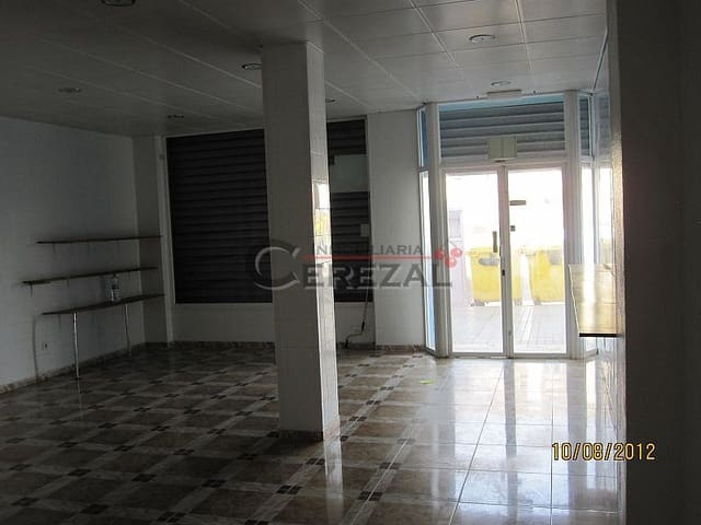1 sypialnia Komercyjne na sprzedaż w Velez-Malaga - 100 000 € (Ref: 3116120)