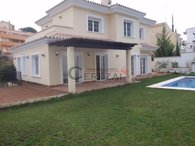 4 soveværelse Byhus til salg i Torre de Benagalbon med swimmingpool - € 560.000 (Ref: 3116153)