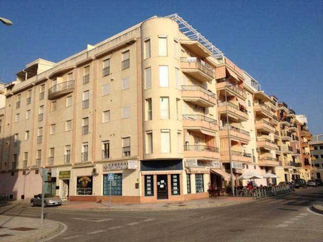 3 soverom Penthouse til salgs i Torre del Mar med svømmebasseng - € 500 (Ref: 3116314)