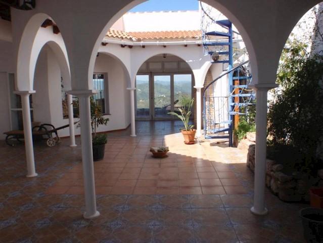 2 sovrum Villa till salu i Rubite med pool - 550 000 € (Ref: 3641453)