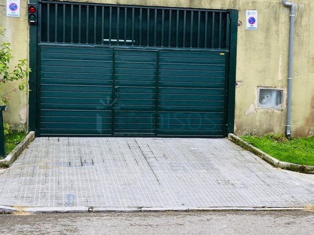 Garage for sale in Santander - € 63,000 (Ref: 5901359)