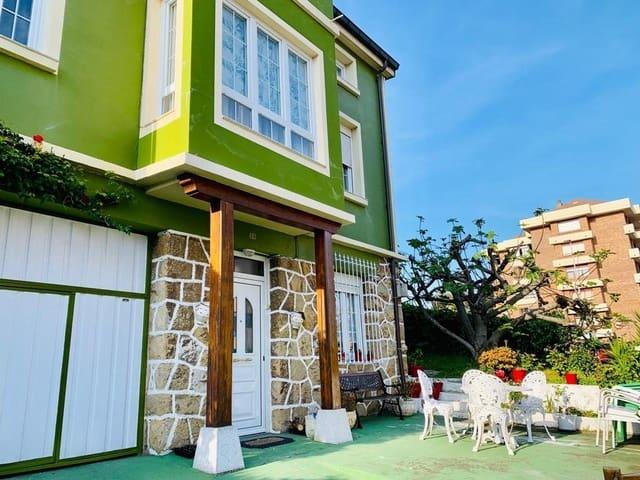 4 bedroom Villa for holiday rental in Santander with garage - € 2,500 (Ref: 6102178)