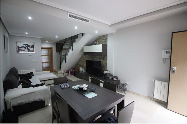 4 soveværelse Rækkehus til salg i Pucol med garage - € 240.000 (Ref: 6224526)