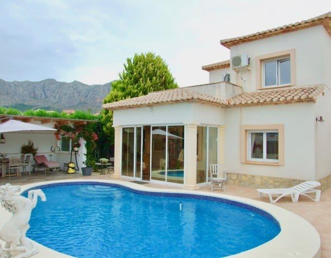 Chalet de 3 habitaciones en Beniarbeig en venta con piscina garaje - 320.000 € (Ref: 4710727)