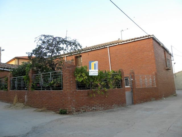 Chalet de 3 habitaciones en Pajares de la Lampreana en venta - 39.000 € (Ref: 5316149)