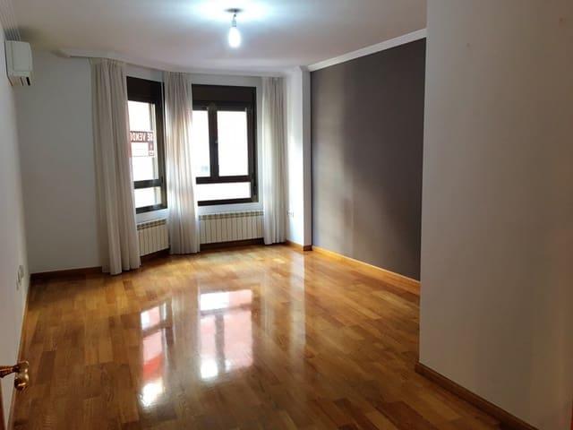 Piso de 3 habitaciones en Zamora ciudad en venta con garaje - 186.000 € (Ref: 5316165)
