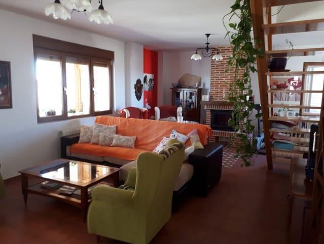 6 chambre Villa/Maison à vendre à Morales del Vino avec garage - 360 000 € (Ref: 5316176)