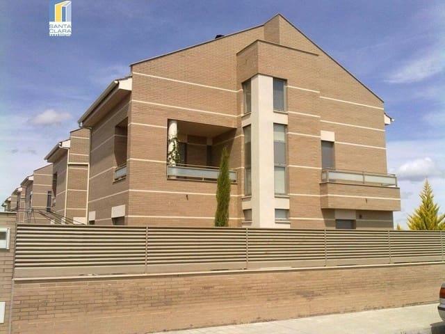 4 sovrum Semi-fristående Villa till salu i Roales med garage - 215 000 € (Ref: 5316283)