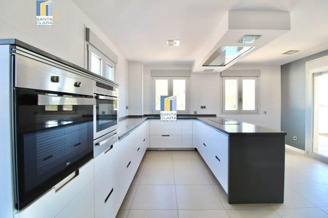 4 soverom Villa til salgs i Zamora by med svømmebasseng garasje - € 480 000 (Ref: 5546169)
