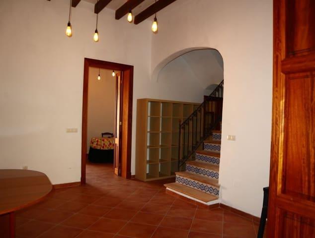 3 slaapkamer Appartement te huur in Felanitx - € 750 (Ref: 5416140)