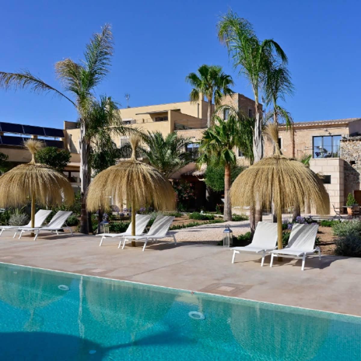 6 soveværelse Byhus til leje i Cas Concos med swimmingpool - € 6.500 (Ref: 5861531)