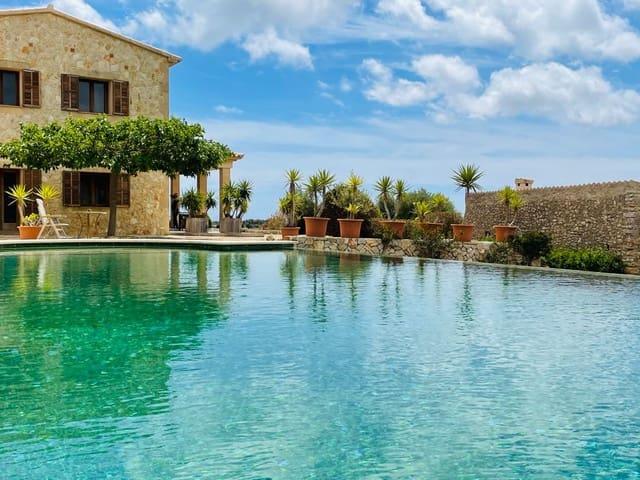 5 soveværelse Finca/Landehus til leje i Cala Murada med swimmingpool - € 4.500 (Ref: 6041644)