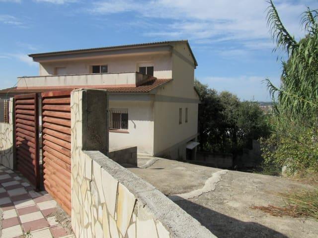 Chalet de 3 habitaciones en Abrera en venta con garaje - 270.000 € (Ref: 5644351)