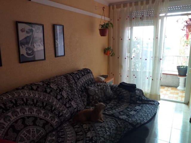 4 sovrum Lägenhet till salu i Santa Coloma de Gramenet - 70 000 € (Ref: 5653690)