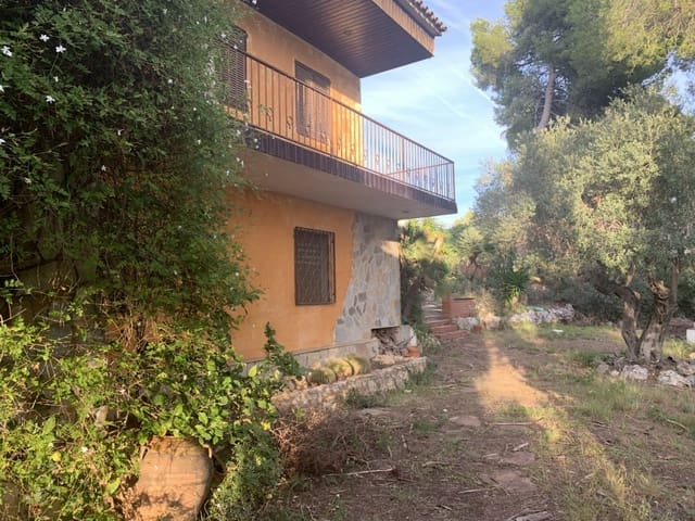 5 quarto Quinta/Casa Rural para venda em Altafulla com piscina garagem - 1 090 000 € (Ref: 5893609)