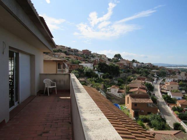 3 soveværelse Villa til salg i Abrera med garage - € 270.000 (Ref: 5972434)
