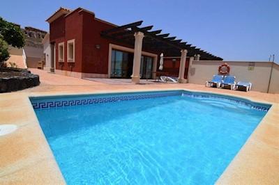 4 Zimmer Villa Zu Verkaufen In Caleta De Fuste Mit Pool   295.000 U20ac (Ref ...