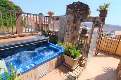 Chalet de 3 habitaciones en Tarajalejo en venta - 255.000 € (Ref: 3631864)