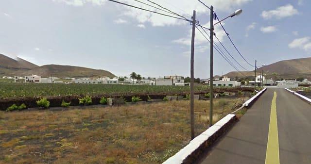 Grunde uden byggetilladelser til salg i Guatiza - € 180.000 (Ref: 3735113)