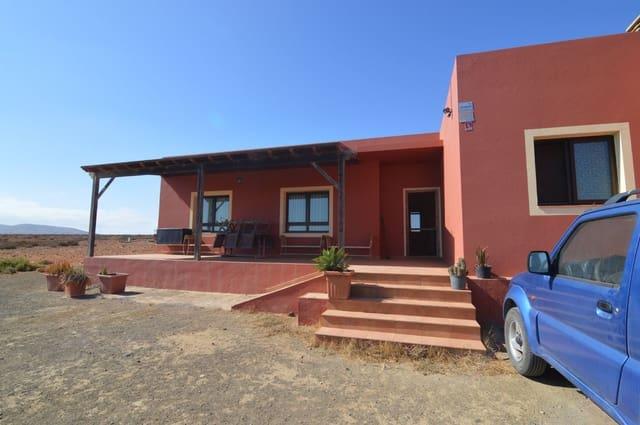 3 chambre Finca/Maison de Campagne à vendre à Antigua - 290 000 € (Ref: 4238014)