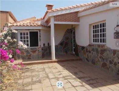 4 Zimmer Villa zu verkaufen in La Oliva - 216.900 € (Ref: 4827999)